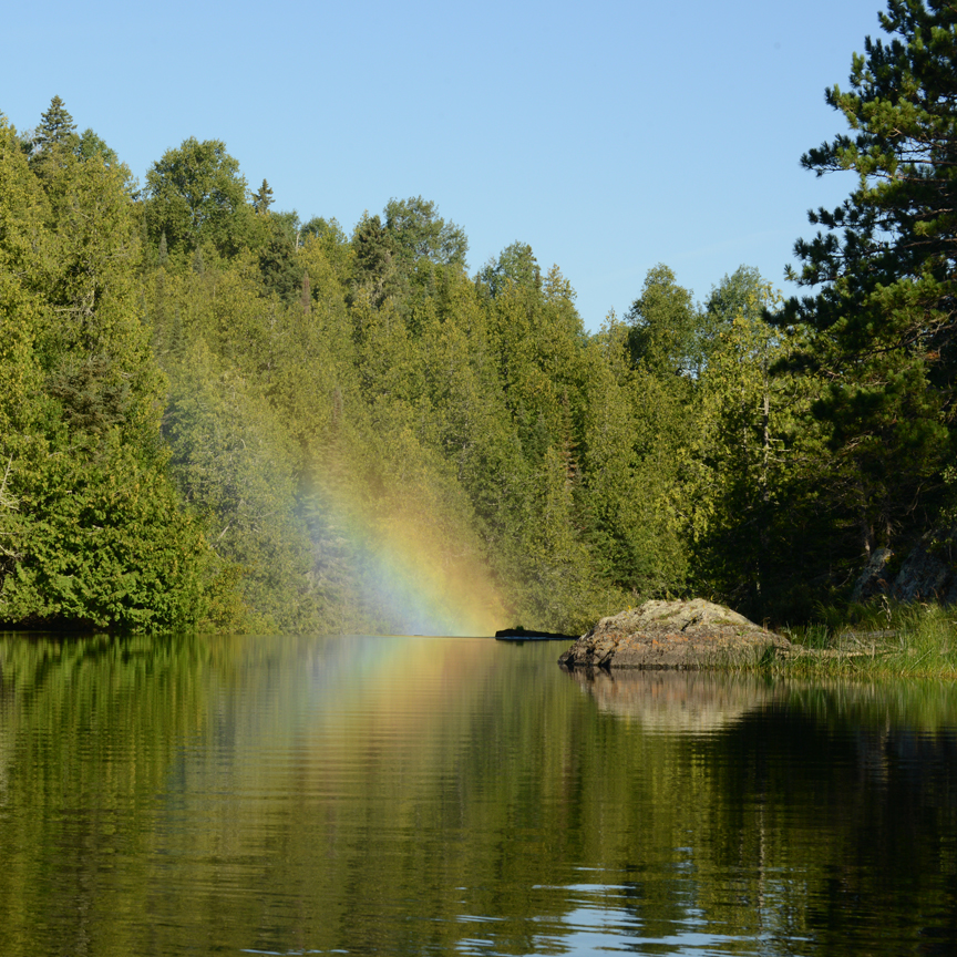 cache_bay_rainbow_above_silver_falls_noah_cole_quetico_15_8_2016_4860_12x
